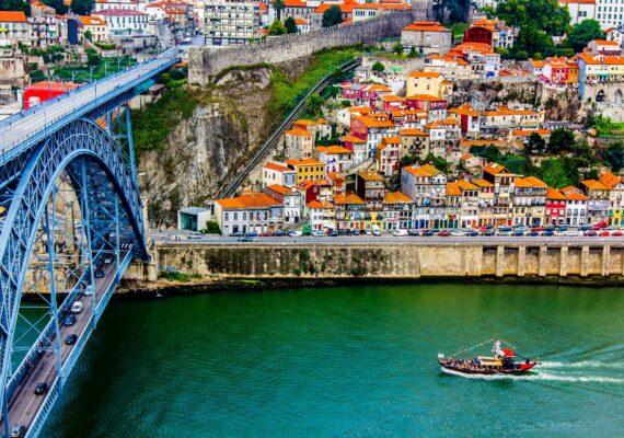treinreis portugal barrio life